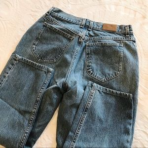 Vintage | Lee 90's Cropped High Waisted Mom Jeans